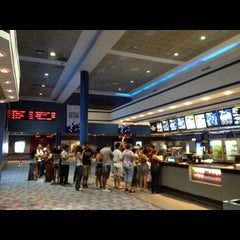 Photo taken at Showcase Cinemas by Sir Chandler on 1/22/2013