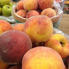 Photo taken at Flinchbaugh's Orchard and Market by Diane O. on 7/6/2013