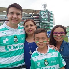 Photo taken at Territorio Santos Modelo Estadio by Victor G. on 10/3/2015