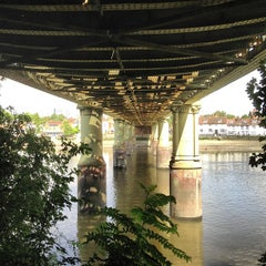 Photo taken at Kew Railway Bridge by Garry W. on 8/30/2013