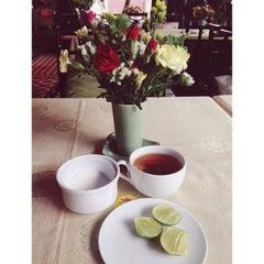 Photo taken at Thanh Niên Restaurant by Xi Muoi on 10/2/2013