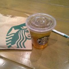 Photo taken at Starbucks by Kelvin S. on 2/23/2014