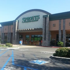 Photo taken at Sprouts Farmers Market by Caryn M. on 10/12/2013