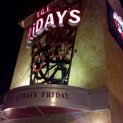 Photo taken at TGI Fridays by Tracy S. on 10/24/2012