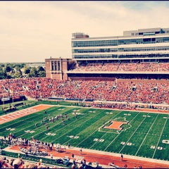 Photo taken at Memorial Stadium by lunani on 9/15/2012
