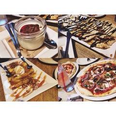 Photo taken at Famoso Neapolitan Pizzeria by Shemaiah B. on 9/26/2014
