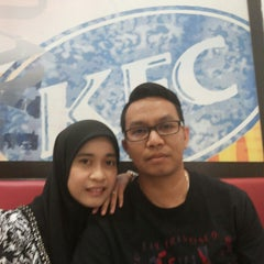 Photo taken at KFC by Long Ngah on 3/4/2014