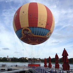 Photo taken at Characters In Flight by Amy on 9/30/2012
