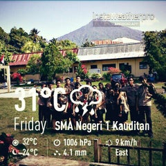 Photo taken at SMA Negeri 1 Kauditan by Valerian M. on 4/5/2013