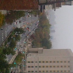 Photo taken at Frankenstorm Apocalypse - Hurricane Sandy by Mathieu R. on 10/29/2012