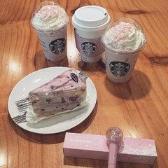 Photo taken at Starbucks by ssung C. on 3/7/2015
