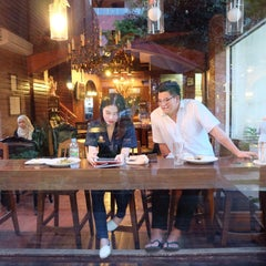 Photo taken at Sweets Café (สวีท คาเฟ่) by napanupim w. on 6/11/2015