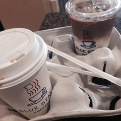 Photo taken at Blue State Coffee by Soomin L. on 10/19/2014