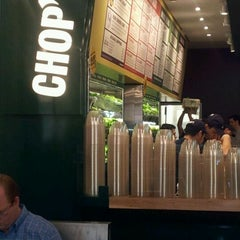 Photo taken at Chop't Creative Salad Company by Lisa on 4/12/2012
