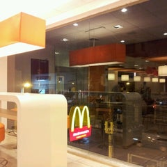 Photo taken at McDonald's by Cecília N. on 7/12/2012
