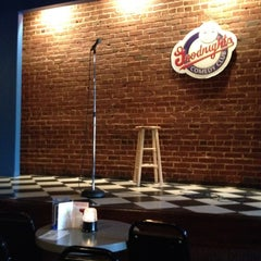 Photo taken at Goodnight's Comedy Club & Restaurant by Paula E. on 7/7/2012
