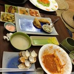 Photo taken at Cơm Quấn Hàn Quốc by 💗 Linh R. on 3/16/2012