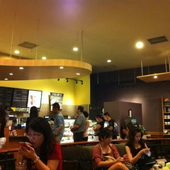 Photo taken at Starbucks by Sang Hyung O. on 8/19/2012
