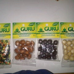 Photo taken at Hi-Lo Food Stores by GURU H. on 4/24/2012