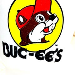 Photo taken at Buc-ee's by 😜Yana F. on 6/15/2012