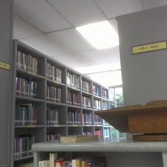 Photo taken at The St. Gabriel's Library by Airin A. on 8/14/2012