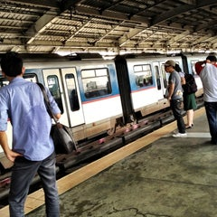 Photo taken at Yellow Line - Quezon Avenue Station by Jethro G. on 7/26/2012