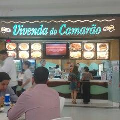 Photo taken at Vivenda do Camarão by Luana F. on 10/8/2014