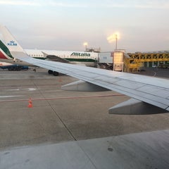 Photo taken at Gate A19 by Pepe C. on 4/26/2014