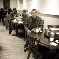 Photo taken at Ocean Pearl Restaurant by Leland W. on 10/31/2014