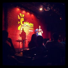 Photo taken at Comedy Caravan by Sam G. on 6/1/2013