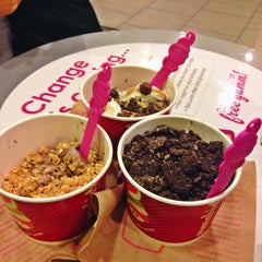 Photo taken at Menchie's by Isabel A. on 3/2/2014