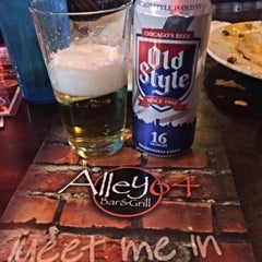 Photo taken at Alley 64 Bar & Grill by Rob N. on 11/13/2015