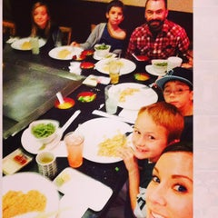 Photo taken at Sushi Ko by 🎶🎵✌️💚 on 11/23/2014