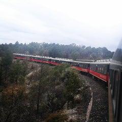 Photo taken at Ferrocarril Chihuahua Pacífico (Chepe) Estación Divisadero by Luis P. on 4/5/2014