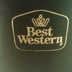 Photo taken at Best Western Plus Park Place Inn - Mini Suites by Chelsea B. on 11/10/2012
