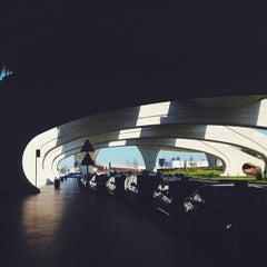 Photo taken at Aeroporto Francisco Sá Carneiro (OPO) by Roberta R. on 4/14/2013