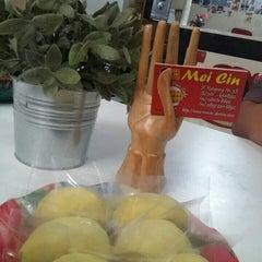 Photo taken at Mei Cin Durian Pancake by Veery S. on 10/20/2015