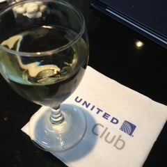 Photo taken at United Global First Class Lounge by Guilherme B. on 11/22/2012