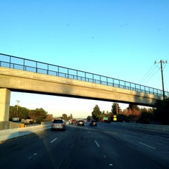 Photo taken at US-101 (Bayshore Fwy) by Young-wook P. on 11/23/2013