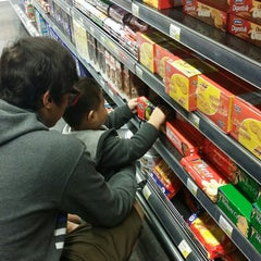 Photo taken at Spinneys by Lugie R. on 11/12/2014