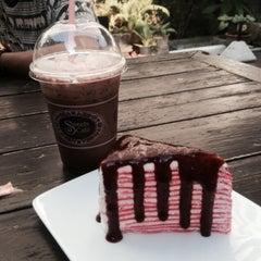 Photo taken at Sweets Café (สวีท คาเฟ่) by sine on 1/18/2015