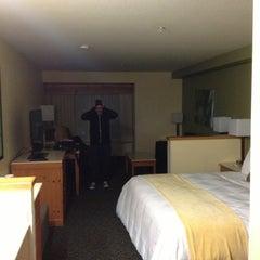 Photo taken at Radisson Hotel Portland Airport by Lyndsay B. on 3/17/2014