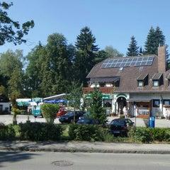 Photo taken at Braun's Dampfschiff Biergarten by Das ist nicht @. on 8/23/2015
