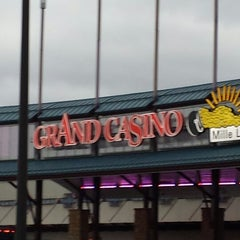 Photo taken at Grand Casino Mille Lacs by K R. on 11/9/2013