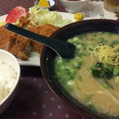 Photo taken at Matsuchan by Toshi ⚾. on 5/19/2015