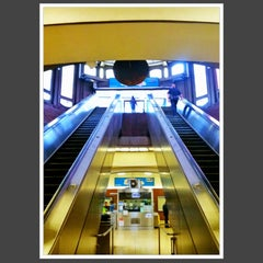 Photo taken at Downtown Berkeley BART Station by Rosemarie M. on 10/4/2012