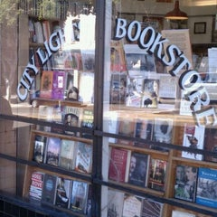 Photo taken at City Lights Bookstore by Glenn S. on 9/17/2012