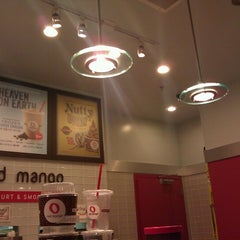 Photo taken at Red Mango by Kevin Tyler B. on 12/17/2012