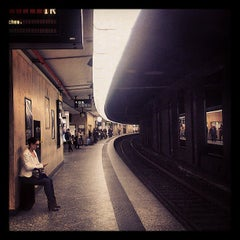 Photo taken at Gare de Bruxelles-Central / Station Brussel-Centraal by Geert B. on 10/10/2013