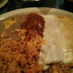 Photo taken at Cristina's Fine Mexican Restaurant by Laura C. on 12/13/2014